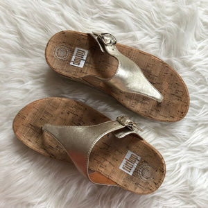 FitFlop | The Skinny Metallic Sandals Pale Gold 6